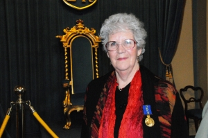 2010 Joan at Government House close-up