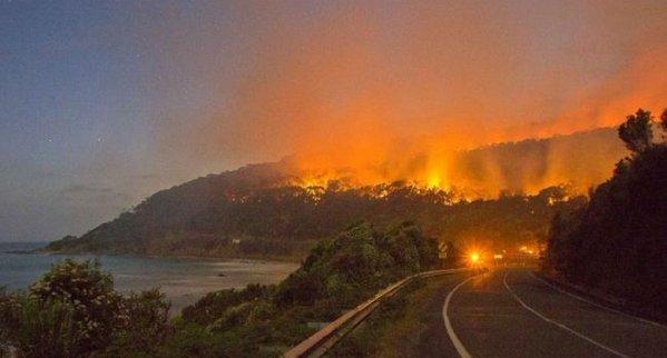 2015-12-26-lorne-bushfires