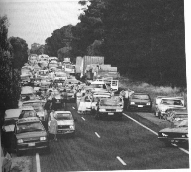 Cars Geelong Rd 1985